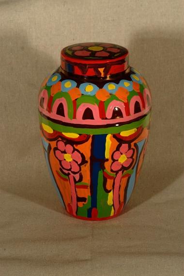 ashley urn 02